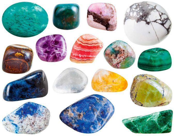 """""""Mokslininkė apie mineralus: akmenys yra gyvi, reikia tik mokėti prakalbinti"""""""